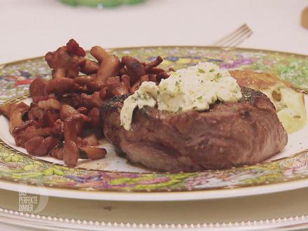 Rinderfilet vom US-Beef mit Kräuterbutter, Pfifferlingen mit Rotwein Kalbsjus - Rezept - Bild Nr. 2