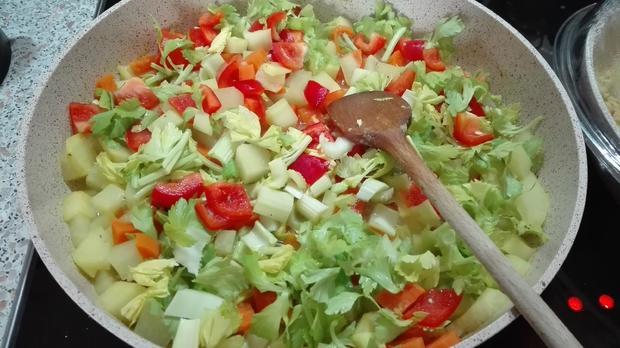 Quinoa - Bratlinge auf Gemüse - Rezept - Bild Nr. 3802