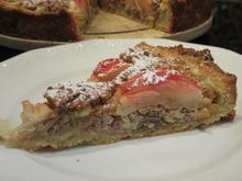 Backen: Apfelkuchen mit Nussfüllung - Rezept - Bild Nr. 3798