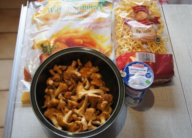 Schnitzel mit Rahmpfifferlingen und Spätzle - Rezept - Bild Nr. 3827