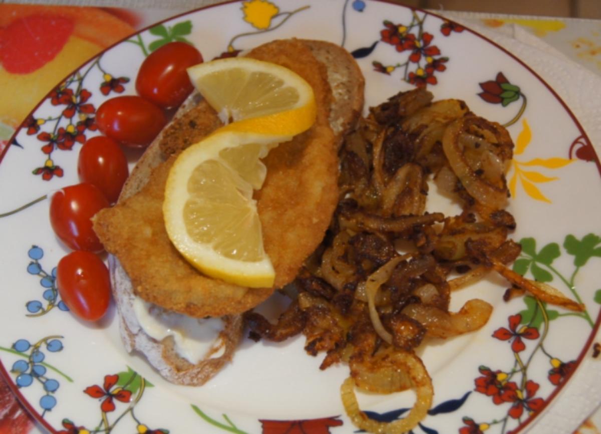 Wiener-Schnitzel vom Schwein mit Röstzwiebeln - Rezept von MausVoh