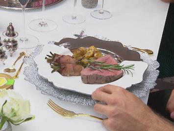 Rinderfilet niedergegart an Pfifferling-Weißweinsoße mit gebackenen Rosmarinkartoffeln - Rezept - Bild Nr. 2