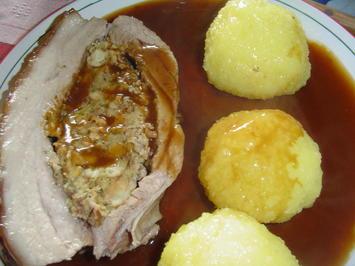 Gefüllter Schweinebauch aus dem Römertopf - Rezept - Bild Nr. 3928