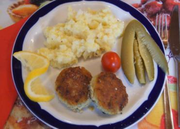 Fischbuletten mit Sellerie-Kartoffel-Stampf - Rezept - Bild Nr. 3928