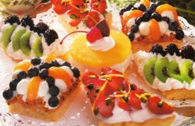 Rezept: Bunte Obst Törtchen