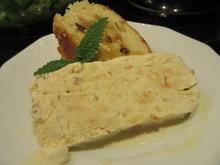 Dessert: Apfel-Amaretto-Eis mit Karamellsoße und Zimbuchtel - Rezept - Bild Nr. 4234