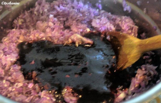 Roter Spitzkohl mit Casssis - Rezept - Bild Nr. 5