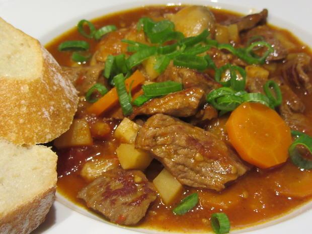 Suppen: Fränkischer Seelenwärmer - Rindfleisch-Topf mit viel Gemüse - Rezept - Bild Nr. 4279