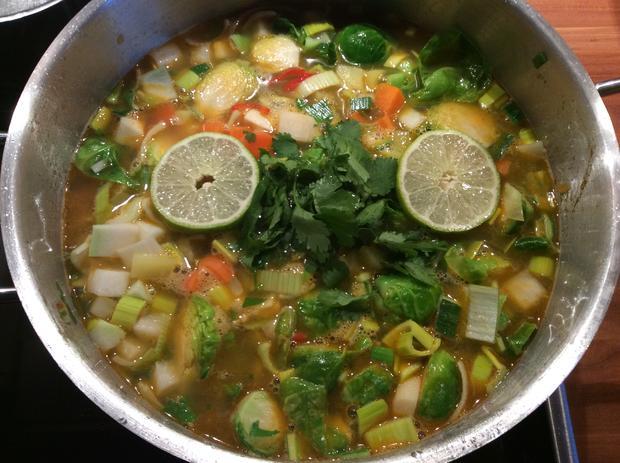 Asiatische Kokos-Gemüse-Suppe - Rezept - Bild Nr. 4303