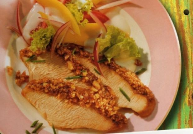 Christmas-Turkey mit Honig-Kruste zu exotischem Salat - Rezept