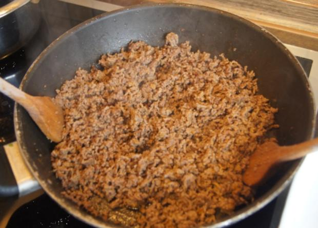 Überbackenes Rinder-Gemüse-Hackfleisch mit Kartoffelstampf - Rezept - Bild Nr. 4346