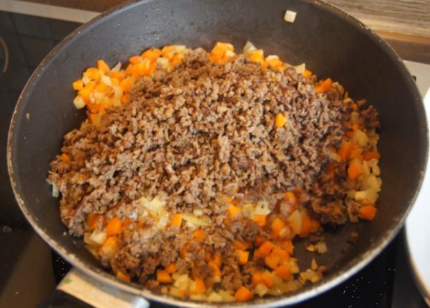 Überbackenes Rinder-Gemüse-Hackfleisch mit Kartoffelstampf - Rezept - Bild Nr. 4348