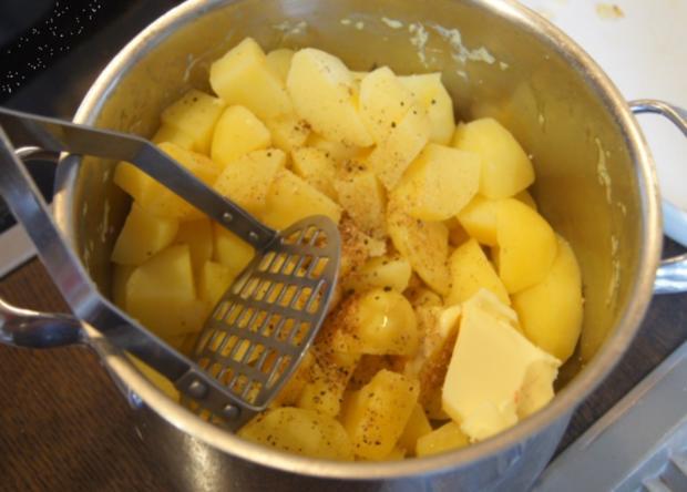 Überbackenes Rinder-Gemüse-Hackfleisch mit Kartoffelstampf - Rezept - Bild Nr. 4351