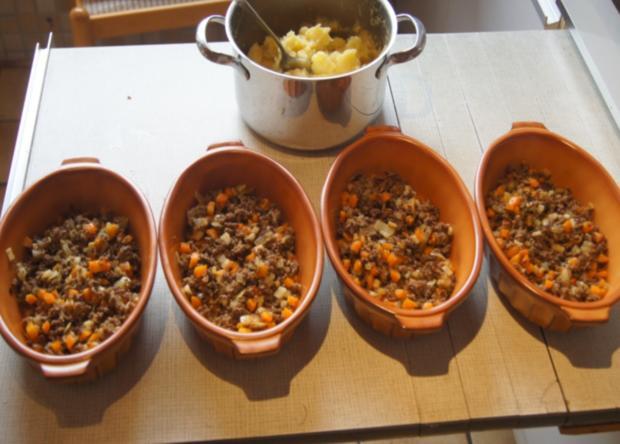 Überbackenes Rinder-Gemüse-Hackfleisch mit Kartoffelstampf - Rezept - Bild Nr. 4354