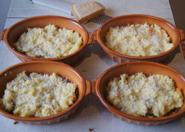 Überbackenes Rinder-Gemüse-Hackfleisch mit Kartoffelstampf - Rezept - Bild Nr. 4355