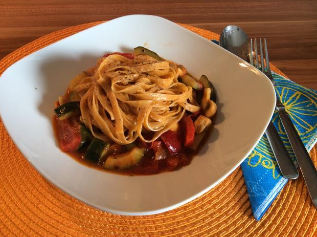 Chili Nudeln Mit Gemüse Auf Italienische Art Leicht Scharf Rezept