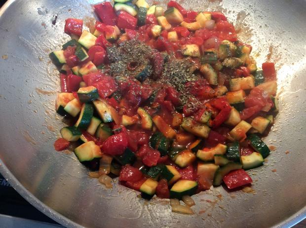 Chili Nudeln mit Gemüse auf italienische Art, leicht scharf - Rezept - Bild Nr. 4435