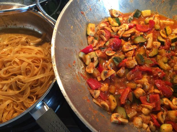 Chili Nudeln mit Gemüse auf italienische Art, leicht scharf - Rezept - Bild Nr. 4436