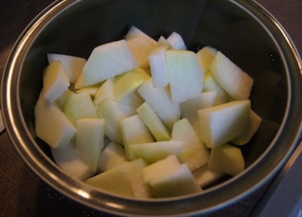 Alaska-Seelachs-Filet mit Rahm-Kohlrabi und Ofenkartoffeln - Rezept - Bild Nr. 4510