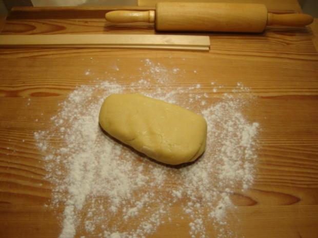 Basics - Mürbteigboden für eine Torte als Unterlage - Rezept - Bild Nr. 4553