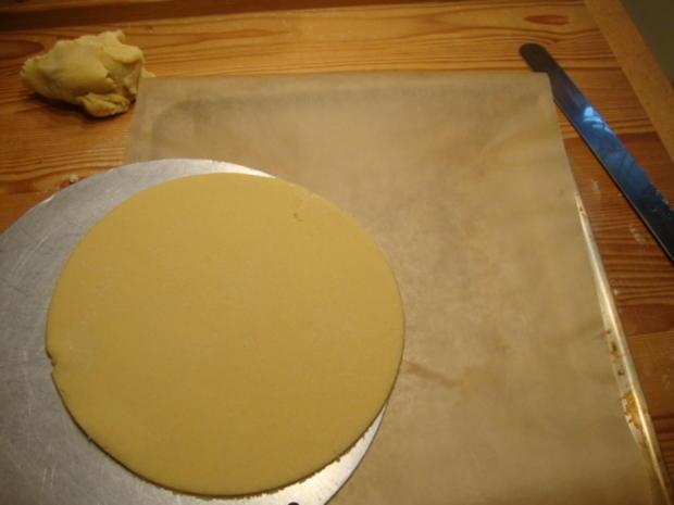 Basics - Mürbteigboden für eine Torte als Unterlage - Rezept - Bild Nr. 4555