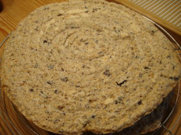 Rezept: Basics - Nussbaiserböden für eine Arabertorte