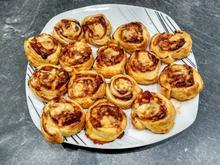 Pizzaschnecken aus Blätterteig - Rezept - Bild Nr. 4553
