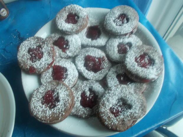 Süßes - Gefüllte Plätzchen - Rezept - Bild Nr. 4558