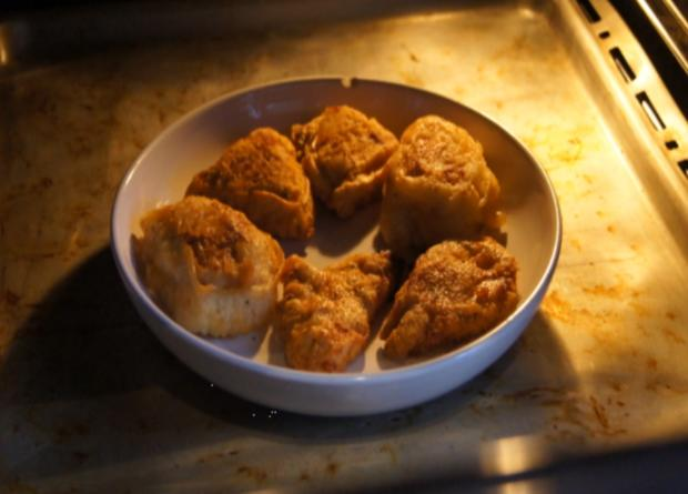 Gebratene Nudeln mit Ei, Gemüsestreifen und gebackenen Hähnchenbrustfilet - Rezept - Bild Nr. 4613