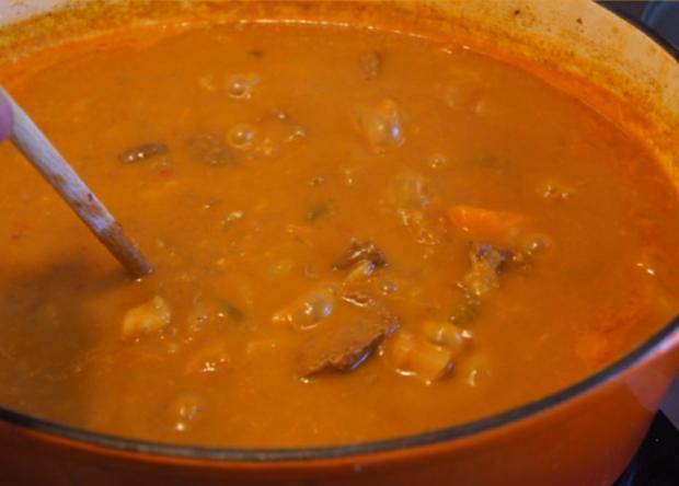 Rindergulasch ( Suppe )  mit Gemüsemix, Brokkoli und Kartoffeln - Rezept - Bild Nr. 4721