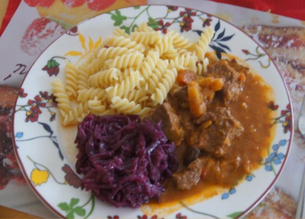 Rindergulasch ( Suppe )  mit Gemüsemix, Brokkoli und Kartoffeln - Rezept - Bild Nr. 4729