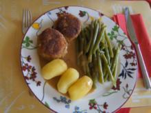 Fleischpflanzerl mit Sauce, Butterbohnen und Drillingen - Rezept - Bild Nr. 4709