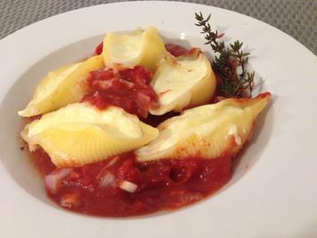 Pasta mit Zitronenricotta und Tomatensauce - Rezept - Bild Nr. 4736