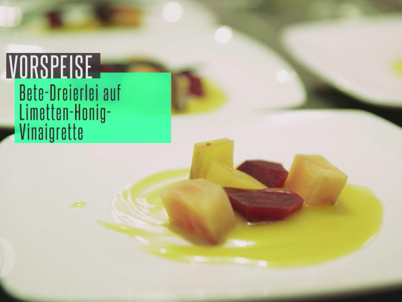 rote gelbe und melierte beete auf honig limetten vinaigrette dazu knoblauch ciabatta rezept. Black Bedroom Furniture Sets. Home Design Ideas