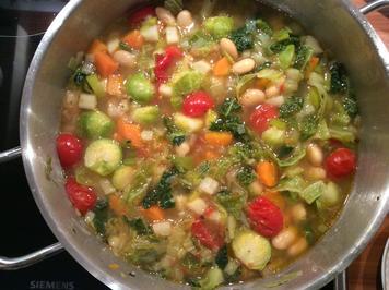 Minestrone mit Wintergemüse und Pesto - Rezept - Bild Nr. 2