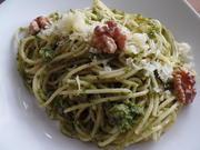 Spaghetti mit Petersilien-Walnuss-Pesto - Rezept - Bild Nr. 4827