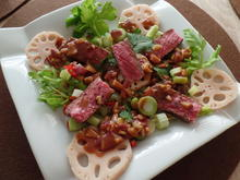 Thailändischer Rindfleischsalat mit Lotuswurzeln - Rezept - Bild Nr. 4931