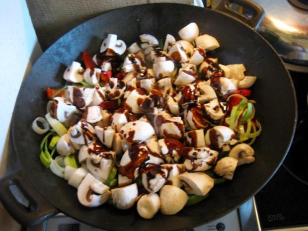 Mittagessen aus dem Wok - Rezept - Bild Nr. 5008
