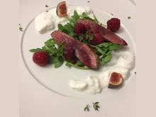 Herbstlicher Salat mit Hirsch, Himbeeren und Burrata - Rezept - Bild Nr. 5005