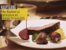 Heu-Roastbeef auf Kürbispüree mit Orangen-Portwein-Sauce - Rezept - Bild Nr. 2