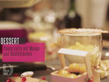 Panna cotta mit Baumfrucht, Honigwabe und Beerenkörbchen - Rezept - Bild Nr. 2