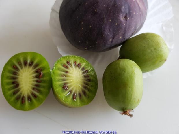 Minikiwi`s mit etwas Spritzigem und Cremigem und Wackelpudding - Rezept - Bild Nr. 5029