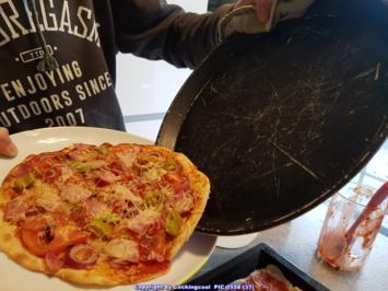 Rezept: Biggi`s Spezial = PIZZA Studiooso (Pizza backen nach/mit Bilderrezept)