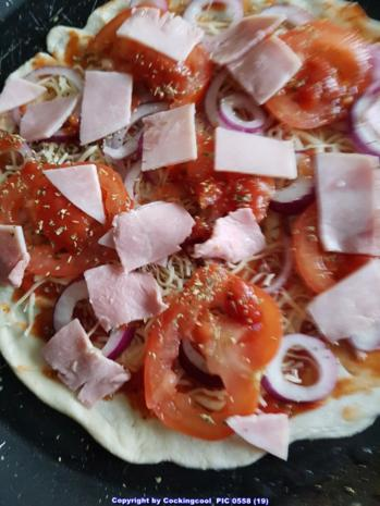 Pizza Studiooso (Pizza backen nach/mit Bilderrezept) - Rezept - Bild Nr. 5109