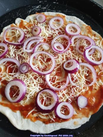 Pizza Studiooso (Pizza backen nach/mit Bilderrezept) - Rezept - Bild Nr. 5111