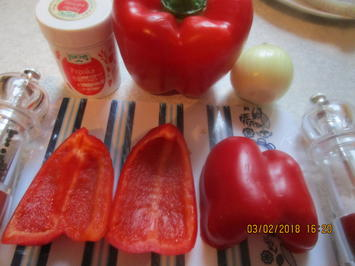 Zanderfilet gebraten mit RAhmsauerkraut und Paprika - Rezept - Bild Nr. 5103