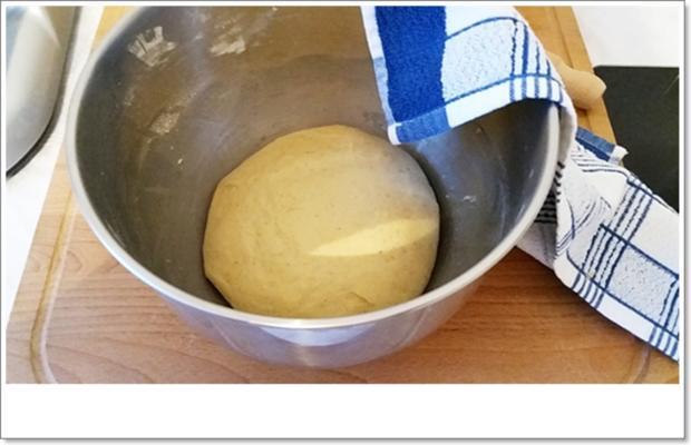Gold gebackene  Faschingskreppel - Rezept - Bild Nr. 5174
