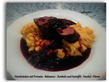 Hirschrücken mit Portwein - Balsamico - Zwiebeln und Kartoffel - Fenchel - Püree - Rezept - Bild Nr. 5195