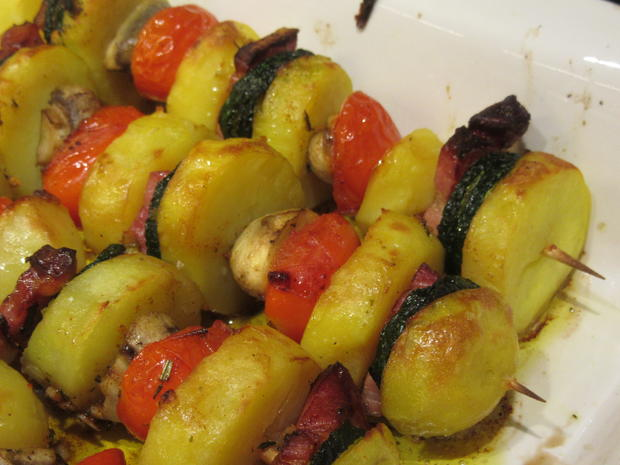 Kartoffeln: Kartoffelspieße mit Knusperzwiebeln - Rezept - Bild Nr. 5211