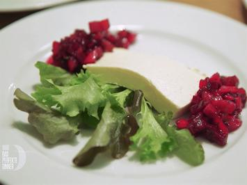Meerrettich-Kurkuma-Mousse mit Rote-Bete-Mango-Relish - Rezept - Bild Nr. 2
